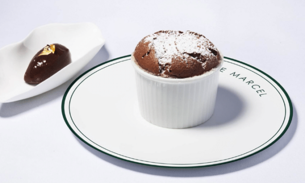 Soufflé au chocolat, sorbet cacao par Fabien Fage
