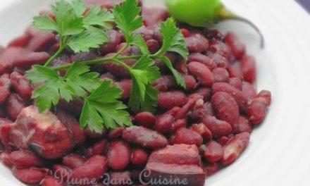 Les haricots rouges antillais, voici un plat qui réchauffe bien, un grand classique de la cuisine créole et antillaise. Cette recette de haricots rouges créoles est  simple, savoureuse et réconfortante.