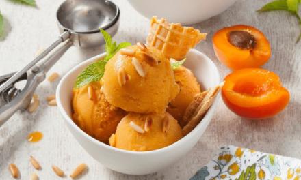 Sorbet aux abricots et aux pignons